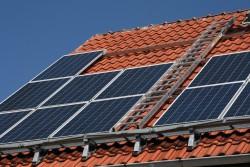 Teplovodni solarni kolektory ins talace s pochozi konstrukci 2
